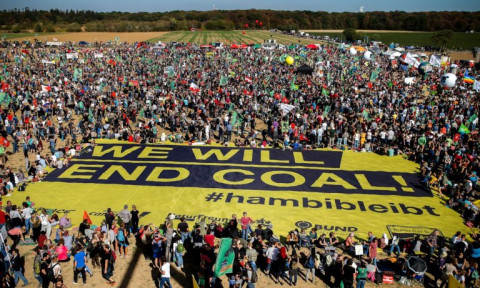 Hambacher Forest: 50,000 demonstrators say 'we will end coal'