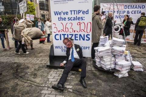 ECI petition against TTIP handed to the European Commission (c) Stop TTIP