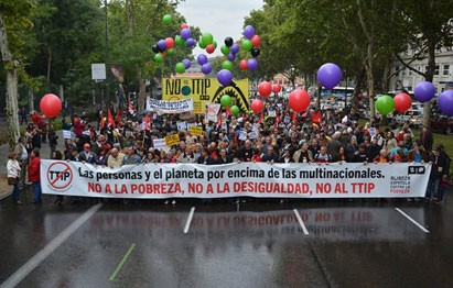 Protesting against the TTIP agreement in Madrid, October 2015 (c) Amigos de la Tierra